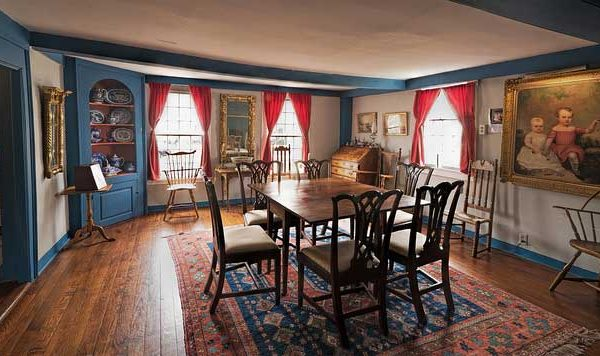 ABHouse-dining-room